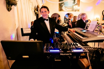DJ TOMASZ HALAT  - DJ&LIVE MUSIC FOR YOU !!!